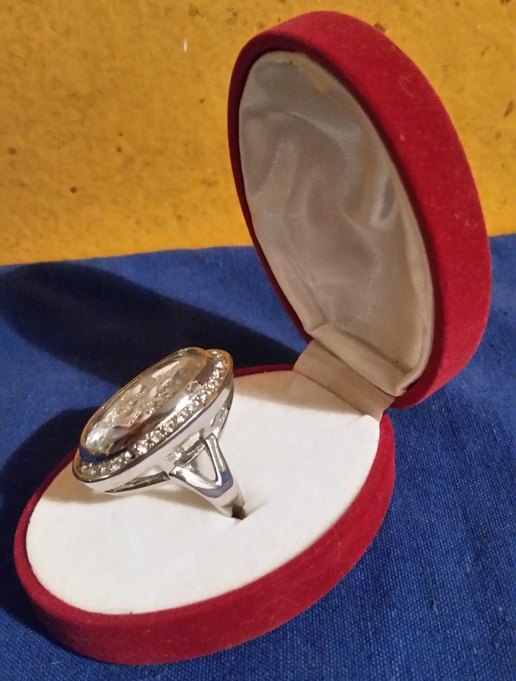 [Slika: Moj-je-prsten-Svicarskaaa-_slika_O_93650021.jpg]