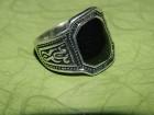 Muški prsten od crnog oniksa prečnika 20 mm