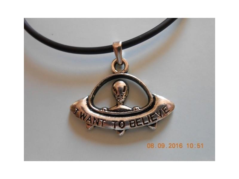 Muško - ženska ogrlica NLO - E.T. vanzemaljac