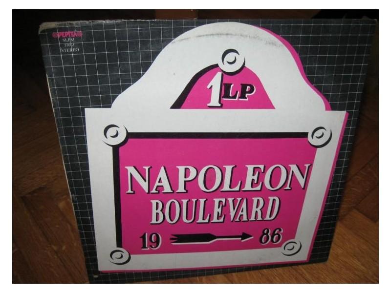 Napoleon Boulevard 1.