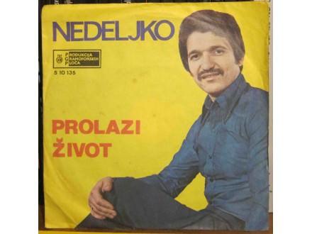 Nedeljko Bilkić - Prolazi Život