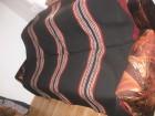 Nekorišćen crno-šareni vuneni ćilim 2