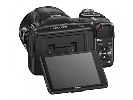 Nikon Coolpix L830 16.8Mpx 34x zum + futrola