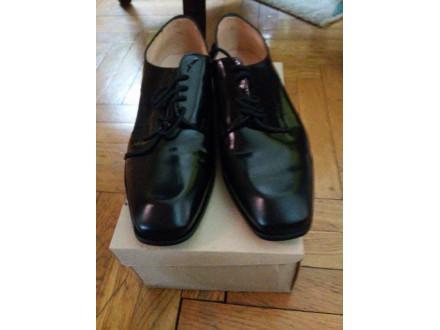Nove,crne ,kožne cipele 2