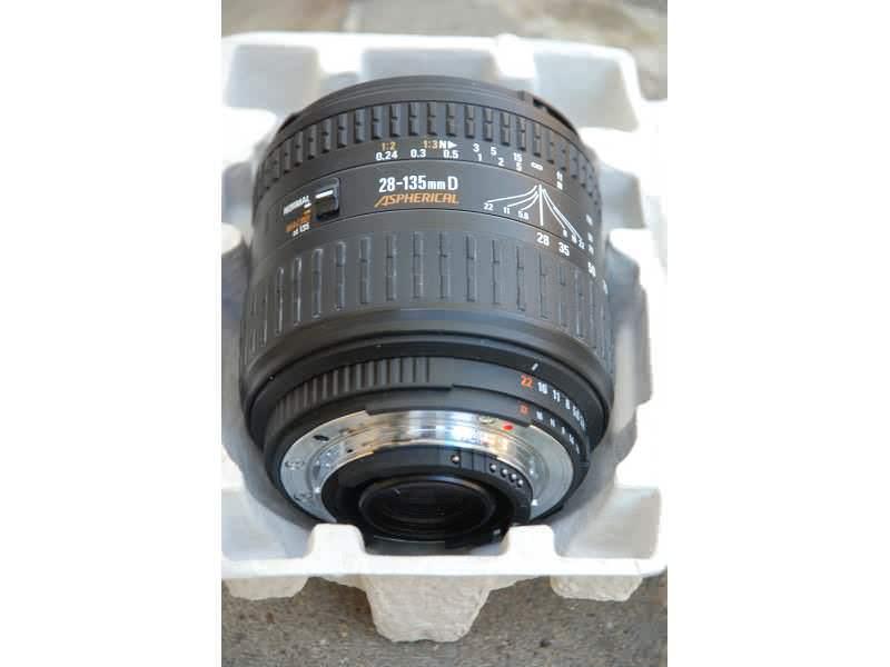 Objektiv Sigma 28-135mm