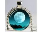 Ogrlica iz `Mesečeve kolekcije` 1