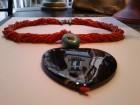 Ogrlica od korala sa tirkizom i srcem od sardoniksa