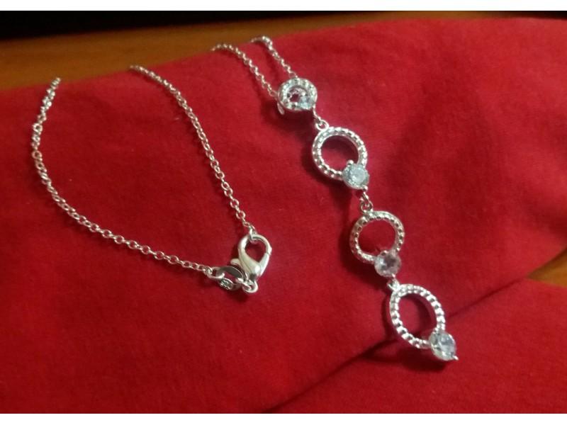 Ogrlica sa priveskom sterling silver 925