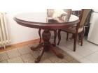 Okrugli trpezarijski sto sa staklom i 4 stolice