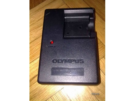 Olympus Li-40c punjac za kamere 4.2V 200mA