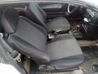 Opel Calibra sedista