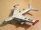 Orijent Avio-kompanija limena igračka avion