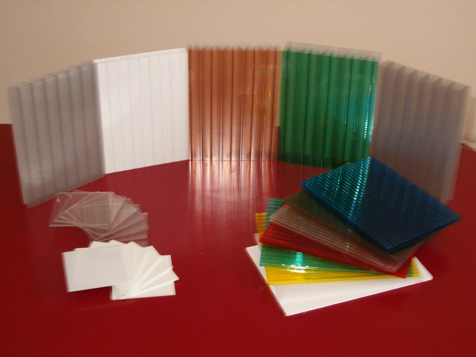Primjena: Forex 19 mm se koristi za izrezivanje slova, logotipa ili nekih drugih pozicija, koje se mogu spajati ljepljenjem ili vijcima. Koriste se u reklamnoj industriji i građevinarstvu. Ploče su idealne za 3D nesvjetleća slova.