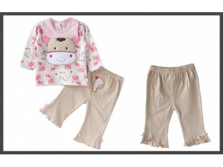 PRETTY set `cow`: pantalonice + duksic + portikla -NOVO