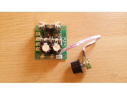 PWM Regulator DC motora   12V-40V   8A