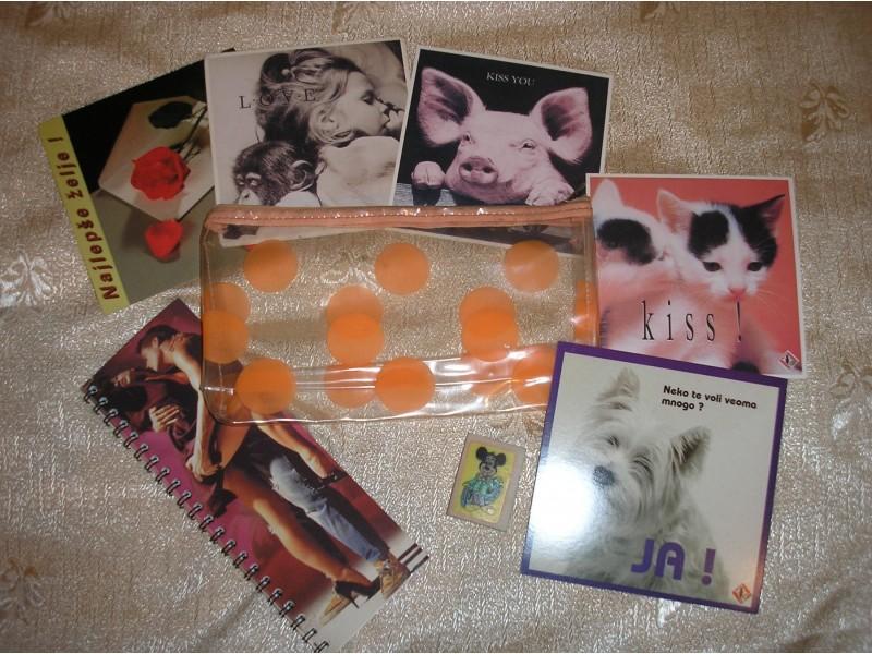 Pernica, blokče, gumica i 5 šaljivih razglednica, novo