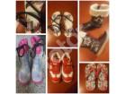 Pet pari obuće za devojčice