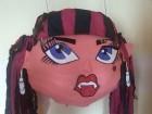 Pinjata Draculaura Monster High(pre kupovine kontakt)