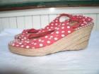 Pletene sandale na manju platformu