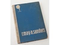 Podmorski kontinenti, Roger May, Nik Sanders