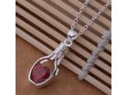 Posrebrena prelepa ogrlica 925,srca