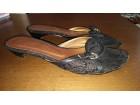 Prelepe kožne sandale, dva puta nošene