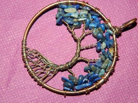 Privezak Drvo života čips Kristal-lapis lazuli