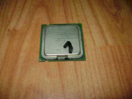 Procesor za 775soc,, Celeron D 2800mhz,533 mag