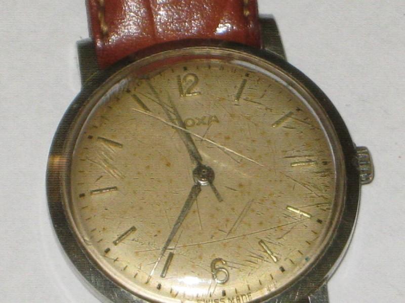 Ručni sat Doxa