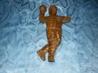 Rukometas - drvena figura visine oko 30 sm