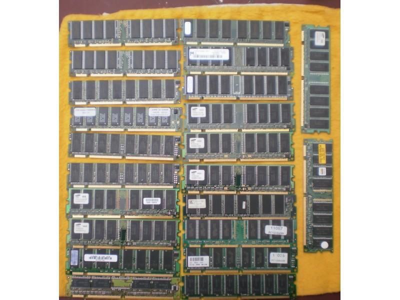 SD-RAM memorije 22kom