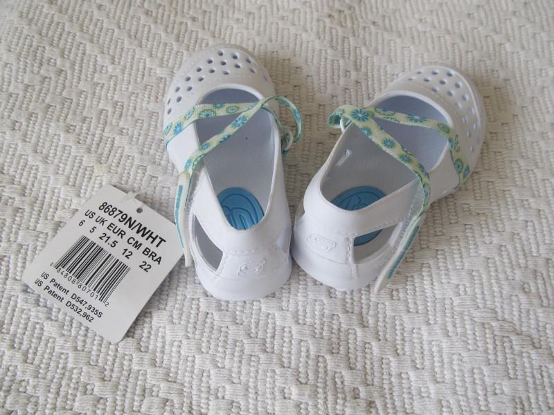 SKECHERS sandale, br.21,5 - 13 cm, novo