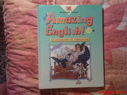 STUDENT BOOK - AMAZING ENGLISH !