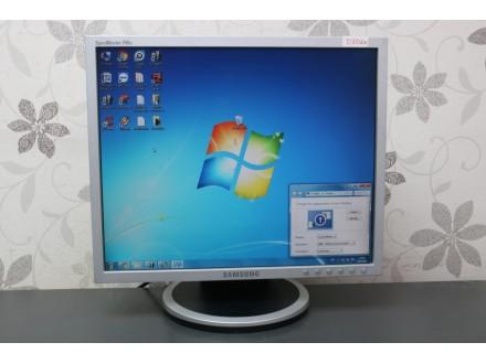 """Samsung 17"""" TFT monitor 1141"""