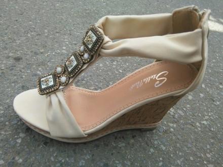 Sandale 1 NOVO - bez i crne