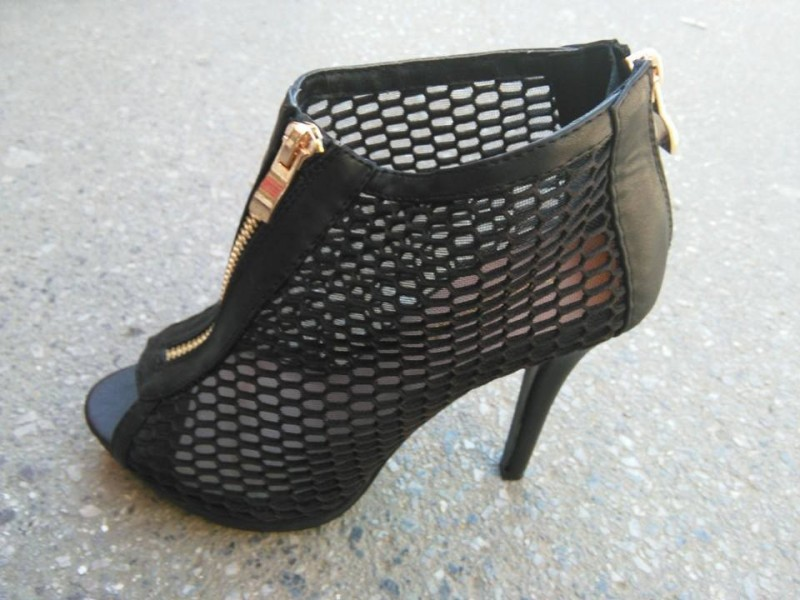 Sandale 2 NOVO - crne