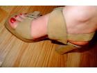 Sandale bež boje sa platformom