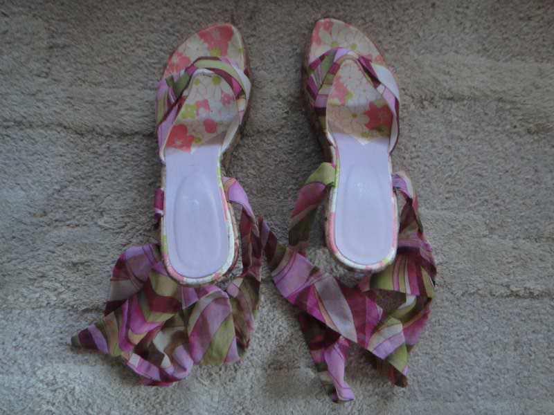 Sandale br.40 Noveis