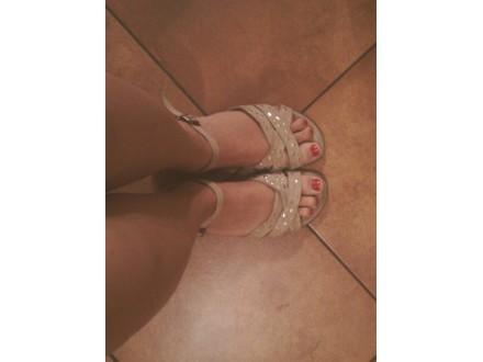 Sandale sa nitnama 38