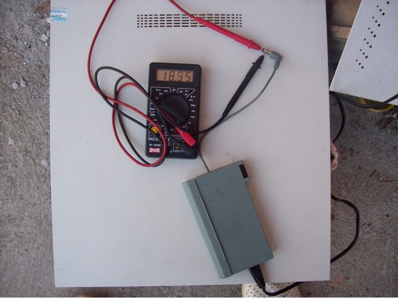 Siemens adapter 19v  2.64A za Scenic Mobile 510