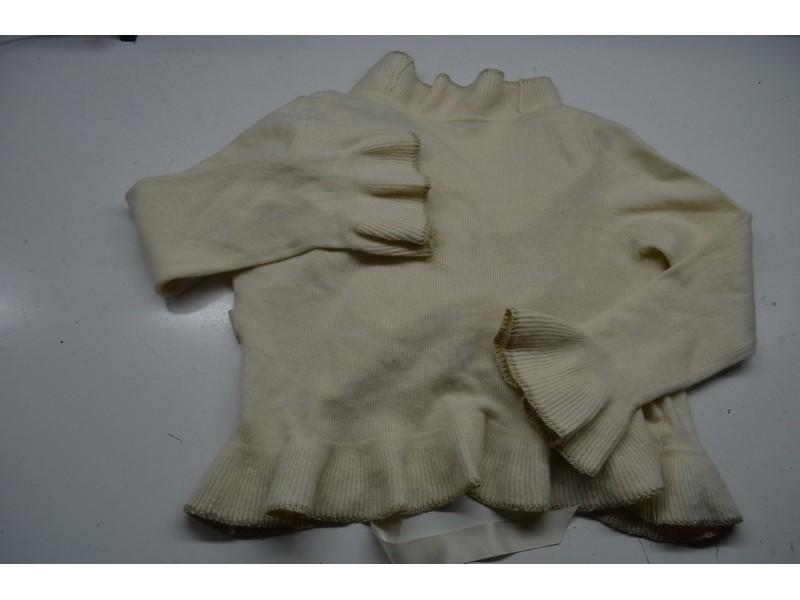 Sisley bolero - džemperić za devojčicu od 12 godina