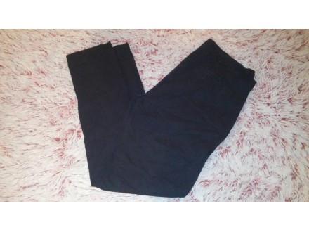 Skinny pantalone tamno teget-odlicne