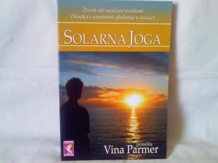 Solarna joga - Vina Parmer