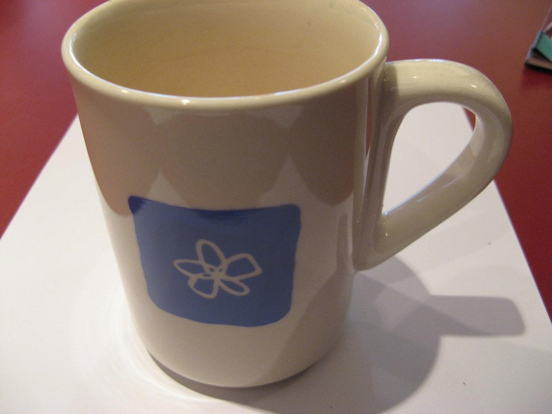 Šolja-plavi cvet