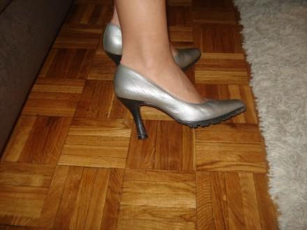Srebrne cipele made in ITALY-POVOLJNO!!!