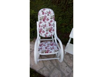 Starinska stolica za ljuljanje