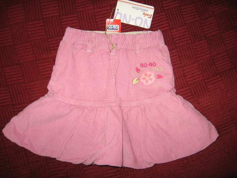 Suknja No-No vel.2 nova