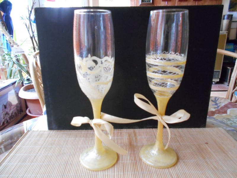 Svečane ručno oslikane čaše za šampanj par