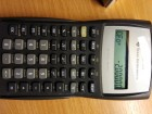 Texas Instruments BA II Plus finansijski kalkulator