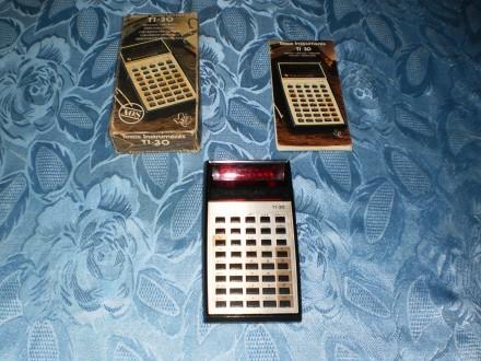 Texas Instruments TI-30 - kalkulator iz 1976 godine